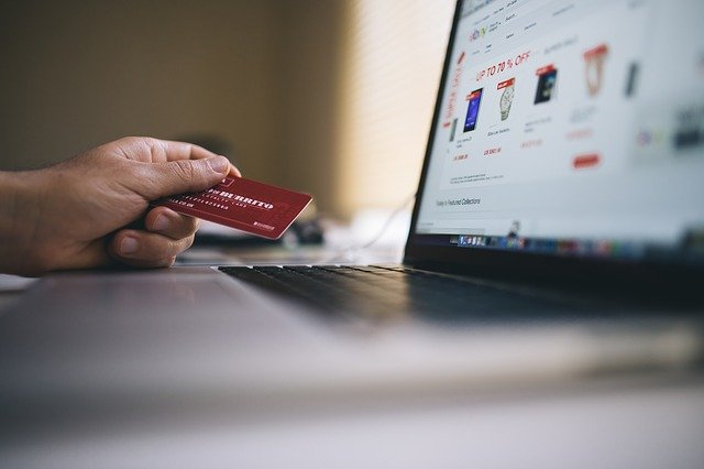 Ecommerce Shopping Credit Card  - StockSnap / Pixabay