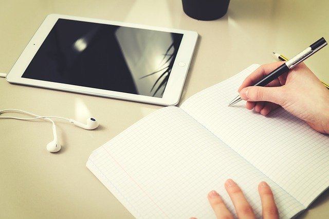 Homework The Student Tablet  - PhotoMIX-Company / Pixabay