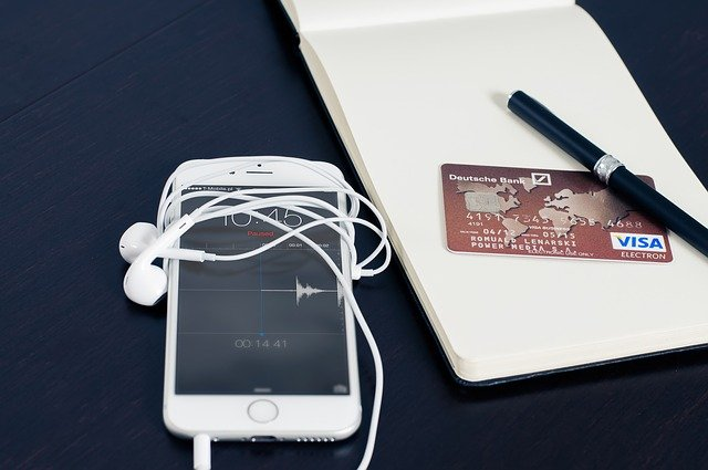 Iphone Visa Business Buying Card  - Firmbee / Pixabay